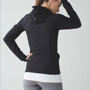 Lululemon size 6 in flux jacket